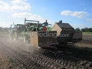 Tractor + rooier John Deere 6910 + koops bollenrooier 1,50m