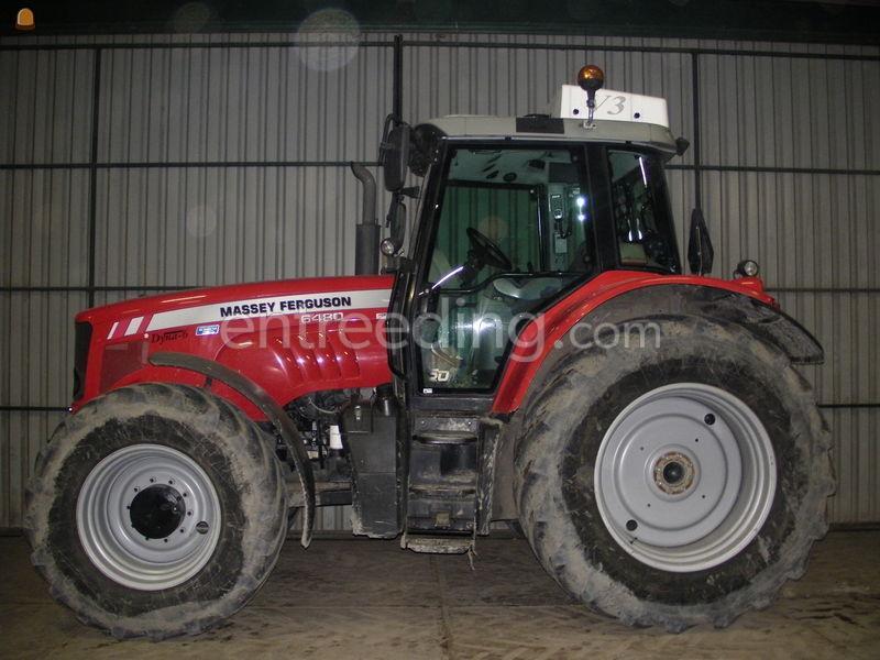 Tractor met overdruk