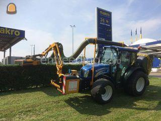 Tractor + arm toolcarrier Omgeving Sittard