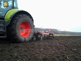 Tractor + Cultivator Omgeving Barneveld