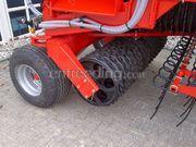 Tractor + He-va Grass roller