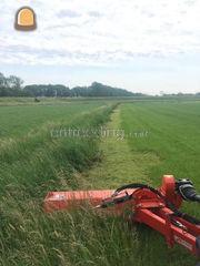 Tractor + klepelmaaier Omgeving Groningen Noord-Midden