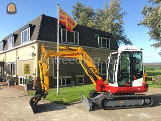 Takeuchi TB250 /overdruk Omgeving Purmerend
