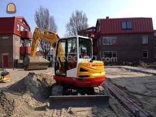 Takeuchi TB260 /overdruk Omgeving Purmerend