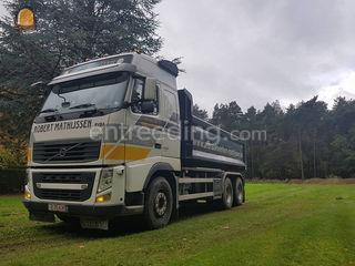 Volvo FH kipper vrachtwag... Omgeving Hasselt