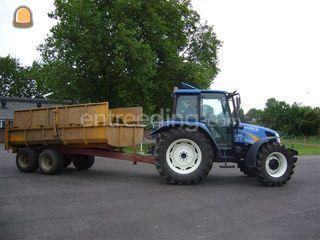 Tractor met slootvuilkipp... Omgeving Alphen a/d Rijn