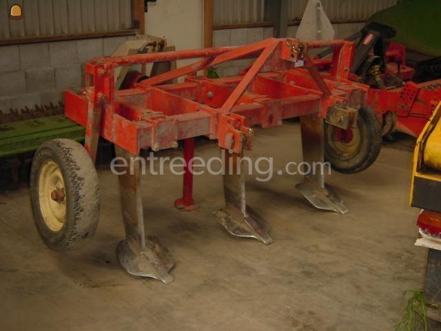 Tractor + ondergronder 3 Tands ganzevoetwoeler