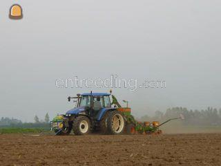 8 rijige maiszaaier 6 mtr... Omgeving Alphen a/d Rijn