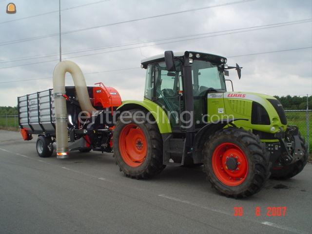 Tractor met Trilo zuigwagen