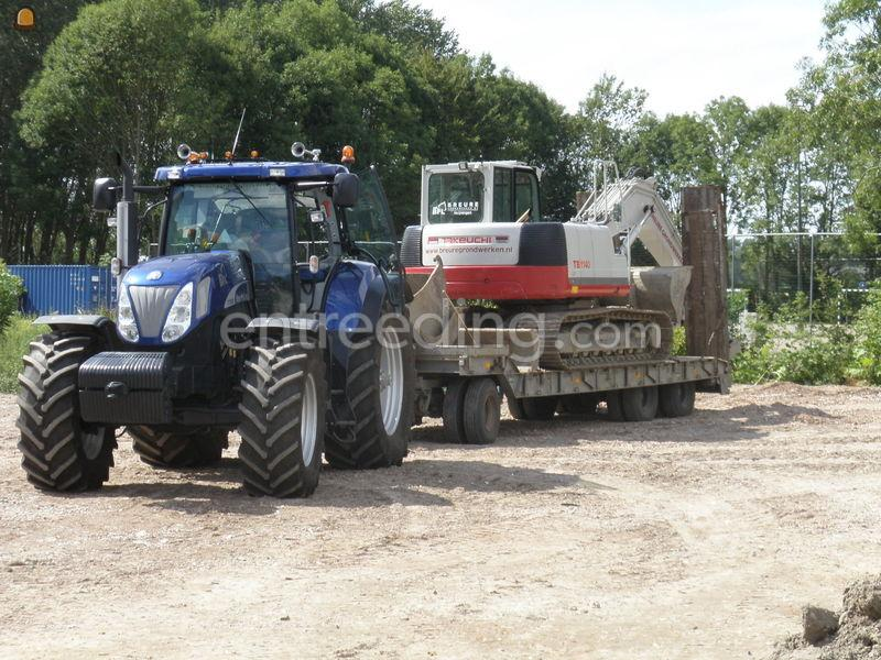 Tractor + plateauwagen trekker en dieplader