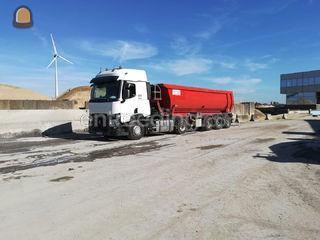 transport voor wegenbouw ... Omgeving Gent