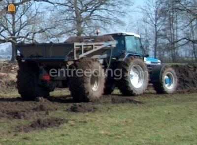 Tractor + kipper New Holland Alasco dumper