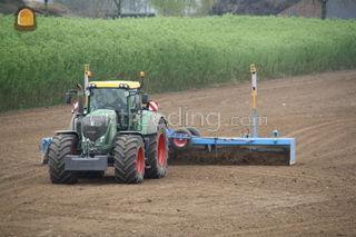 Tractor + 9 meter kilverb... Omgeving Tiel
