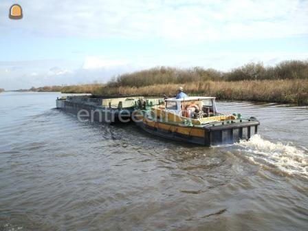 Beunschip Duwboot met beunbakken
