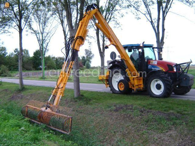 Tractor + maaikorf Herder + maaikorf