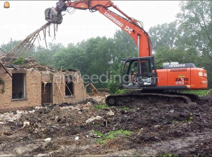 Hitaxi Zaxis 250LC