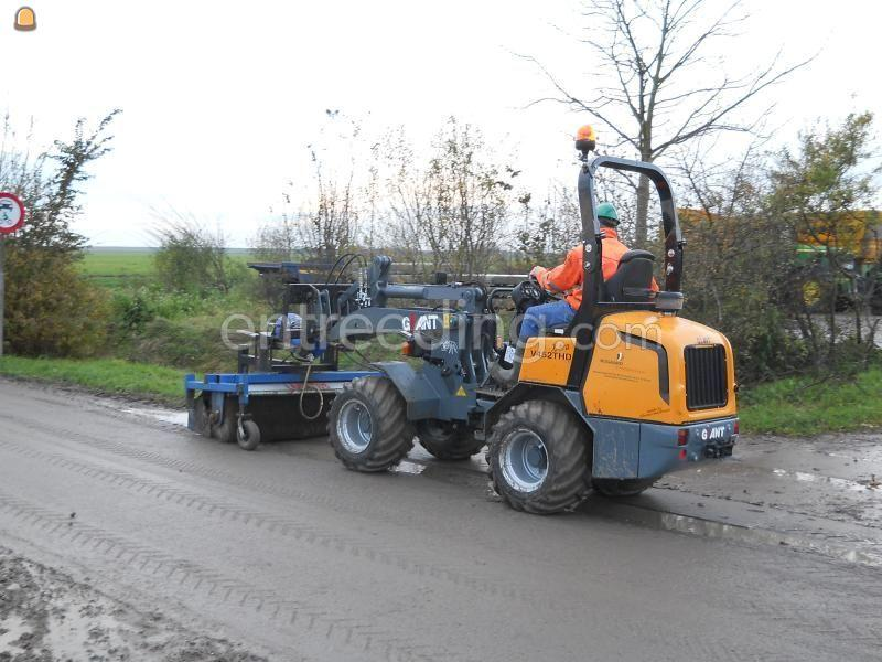 Wiellader / shovel Giant 452HD extra
