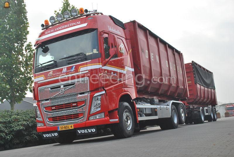 Volvo 6x2 containerwagen