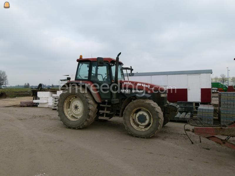 Tractor + kipper New Holland + Beco