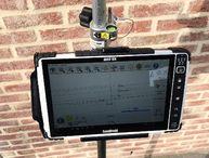 De 10.1 inch tablet is altijd goed leesbaar en te bedienen, óók bij regen en felle zon.