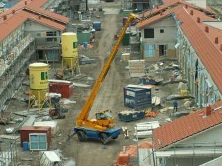 25m hefhoogte is een heel eind op een bouwplaats...