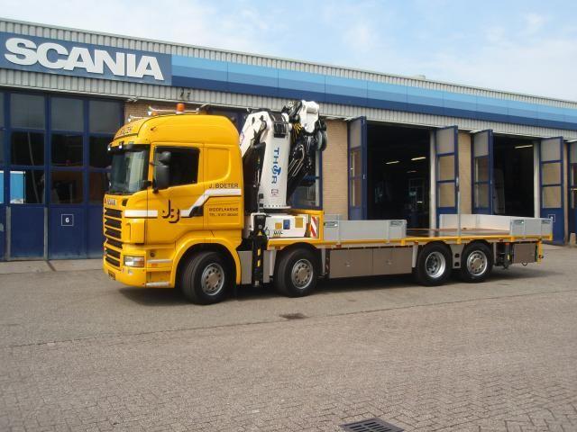 opvallende nieuwe Scania R 480 XPI kraanauto van J. Boeter te Middelharnis is geschikt voor de meest uiteenlopende transporten