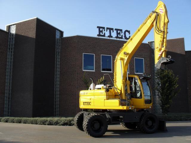 Etec 815-II M mobiele graafmachine voor Jac. Barendregt uit Rhoon