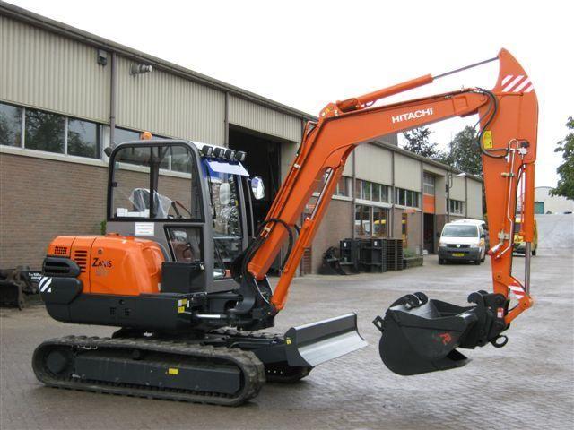 Hitachi ZX50 voor M. v.d. Kraan uit Den Haag
