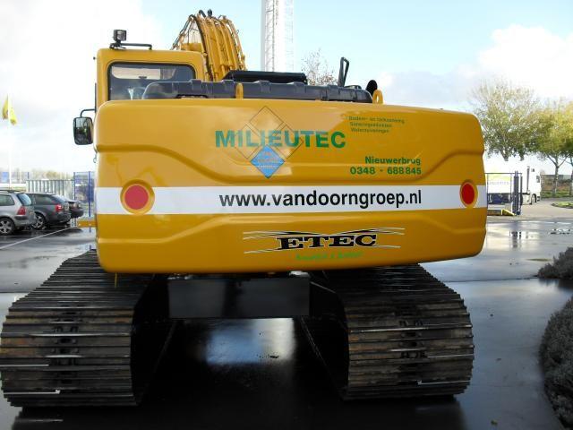 Etec 822-II RLC rupsgraafmachine voor Milieutec uit Nieuwerbrug