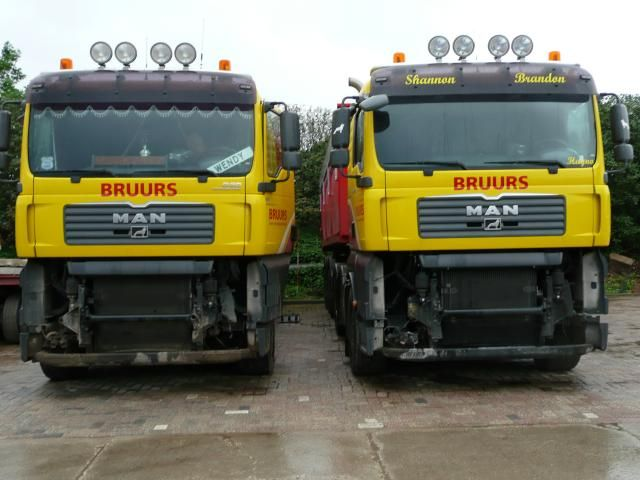 De MAN vrachtwagens van Bruurs zonder bumper