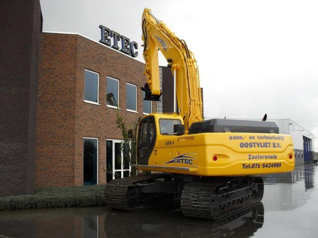 ETEC 834-II RLC rupsgraagmachine voor Aan- en verhuurbedrijf Oostvliet B.V. uit Zoeterwoude