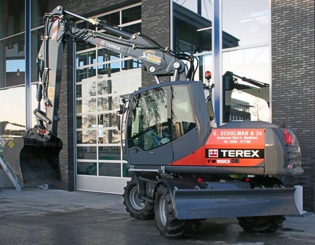 Terex TW150 mobiele graafmachine voor Loon- & Verhuurbedrijf Scholman uit Montfoort