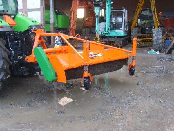 De vermiste veegmachine van Loonbedrijf Schuurman B.V. te Abcoude