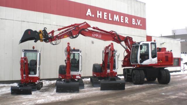 3 Hitachi minigravers en 1 mobiele graafmachine voor Helmer uit Breda