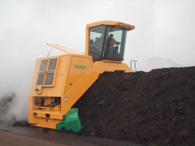 Backhus compost omzetmachine voor Van Berkel uit Schijndel