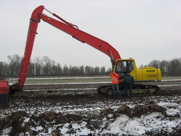 Case CX210B Long Reach afgeleverd door De Bonte Service uit Staphorst