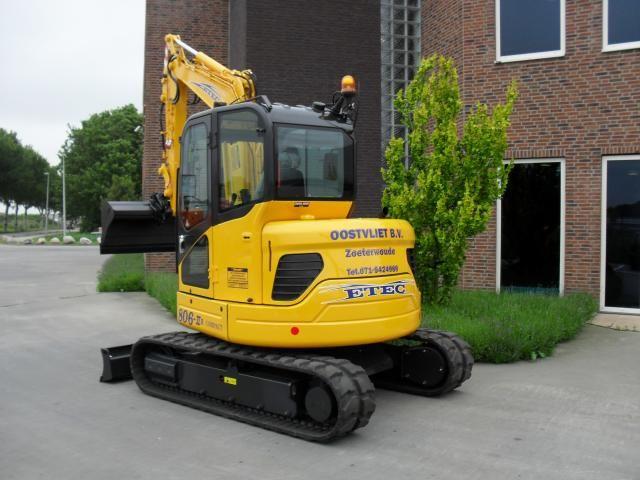 ETEC 806-II R compact voor Aann- en verhuurbedrijf Oostvliet uit Zoeterwoude
