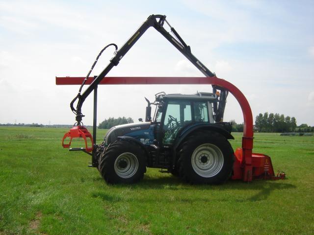 Valtra N 141 tractor voor Agterberg uit Groenekan