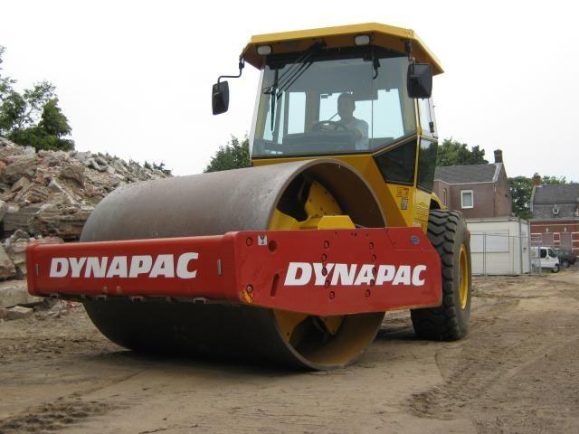 14 Tons grondverdichter in verhuurvloot bij AA Machines