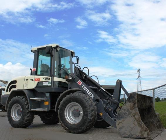Terex TL 100 loader voor Kino uit Zwaagdijk