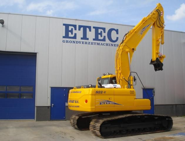 ETEC 822-II RLC rupsgraafmachine voor Oostvliet uit Zoeterwoude