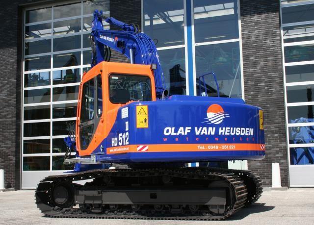 KATO HD 512 rupsgraafmachine voor Van Heusden uit Breukelen