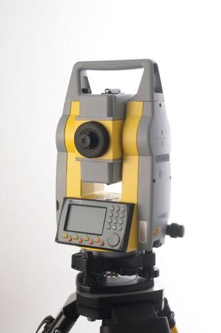 Geodirect introduceert krachtige Stonex R6 Total Station
