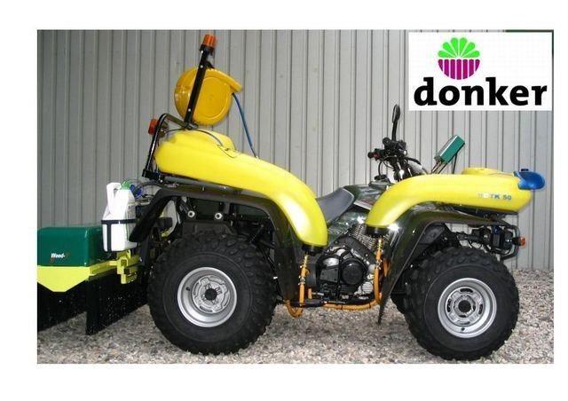 Gestolen 3 gele en 1 groene Kawasaki KLF 300 quad met Weed-IT MKK2