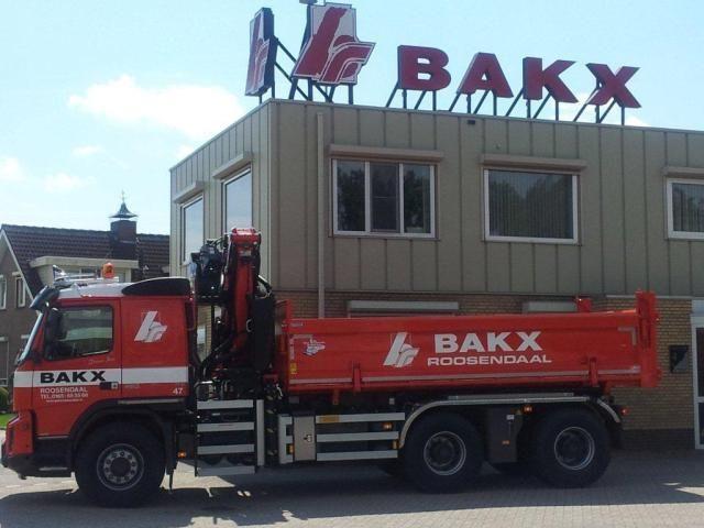 Volvo FMX kraanauto voor Bakx uit Roosendaal