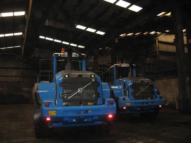 2 Volvo L220G wielladers voor GMB uit Zutphen