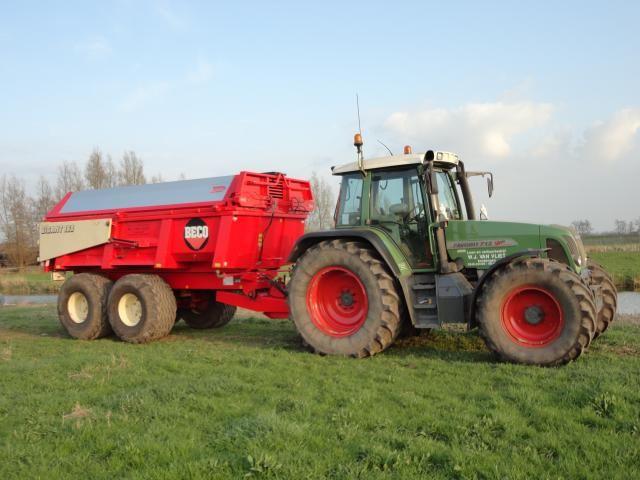 Beco Gigant 160 dumper voor Loon- en Verhuurbedrijf W.J. van Vliet uit Kockengen