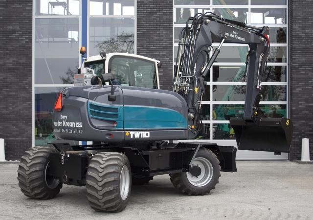 TEREX TW110 mobiele graafmachine voor Van der Kraan uit Honselersdijk