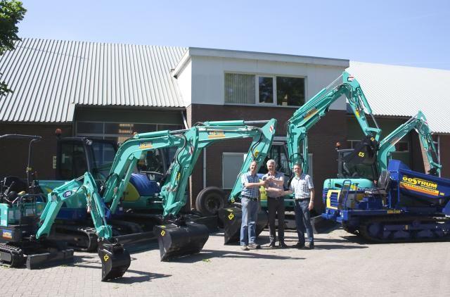 5X IHI minigravers en 1x BENS rupsdumper voor Van Oostrum uit Westbroek