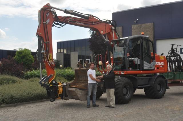 Atlas 160W mobiele graafmachine voor Berends uit Kesteren